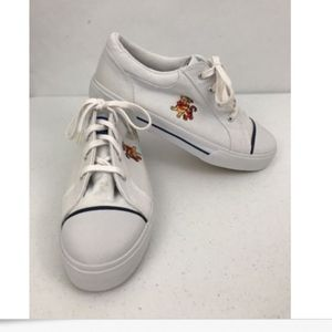 Winnie the Pooh Sneakers Womens Size 10 Tigger